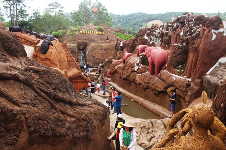 Địa chỉ đường hầm điêu khắc Đà Lạt