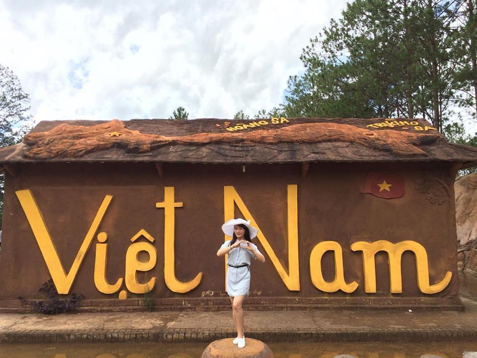 Khu du lịch đường hầm đất sét Đà Lạt