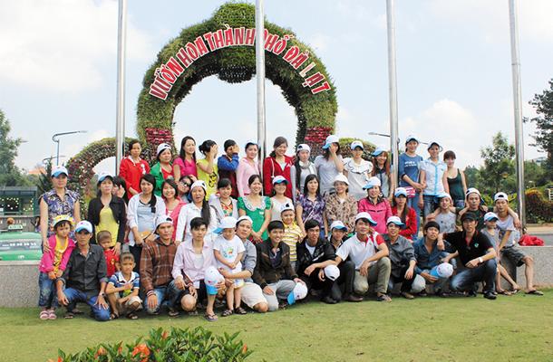 tour du lịch 2 ngày 1 đêm cùng với Hoa dalat travel